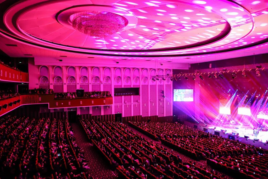 tehran royal hall by Nakhaei studio